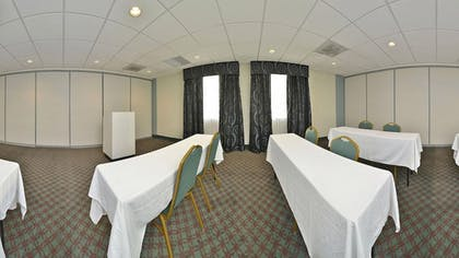 Meeting Facility | Holiday Inn Express Tacoma South Lakewood