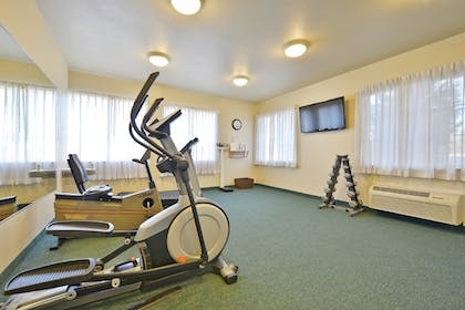 Fitness Facility | Holiday Inn Express Tacoma South Lakewood