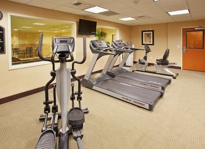 Fitness Facility | Holiday Inn Express Hotel & Suites Lincoln