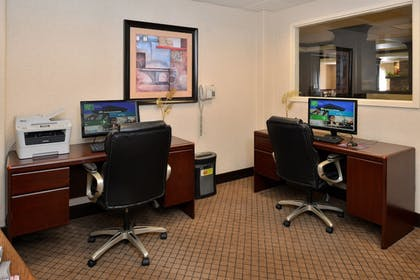 Miscellaneous | Holiday Inn Express Hotel & Suites Lincoln