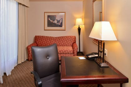 In-Room Business Center | Holiday Inn Express Hotel & Suites Lincoln