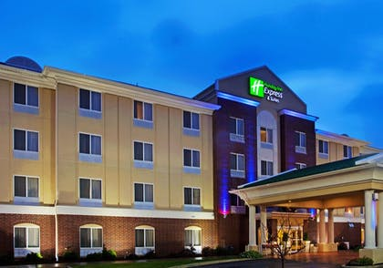 Featured Image   Holiday Inn Express Hotel & Suites Chicago South Lansing