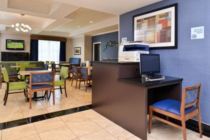 Business Center | Holiday Inn Express Hotel & Suites San Antonio
