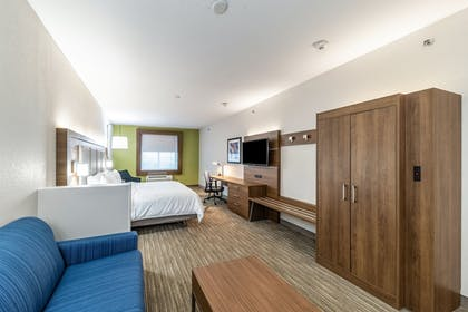 Guestroom | Holiday Inn Exp Hotel & Suites Fort Worth I-35 Western Ctr