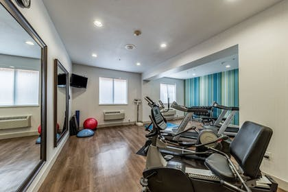 Fitness Facility | Holiday Inn Exp Hotel & Suites Fort Worth I-35 Western Ctr