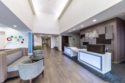 Lobby | Holiday Inn Exp Hotel & Suites Fort Worth I-35 Western Ctr