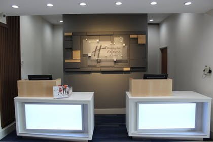 Featured Image | Holiday Inn Express & Suites Mansfield