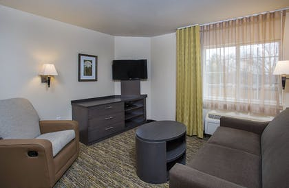 Room Amenity | Candlewood Suites Bowling Green