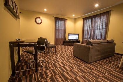 Living Area | Inn at Wecoma