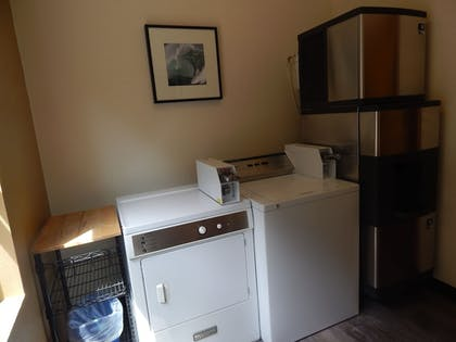 Laundry Room | Inn at Wecoma