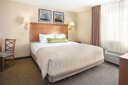 Guestroom | Candlewood Suites Yuma