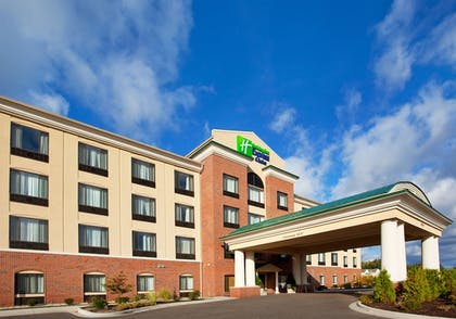 Exterior | Holiday Inn Express Hotel & Suites Detroit - Utica