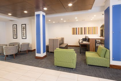 Lobby | Holiday Inn Express Hotel & Suites Detroit - Utica
