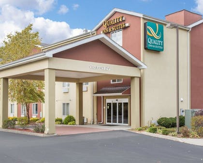 Exterior | Quality Inn & Suites