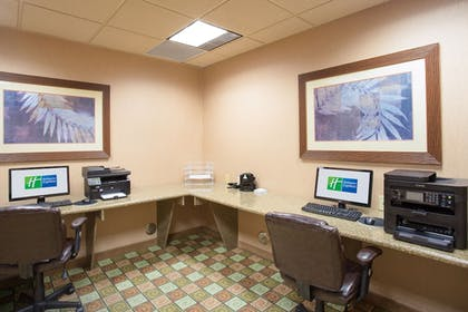 Business Center | Holiday Inn Express & Suites Yuma