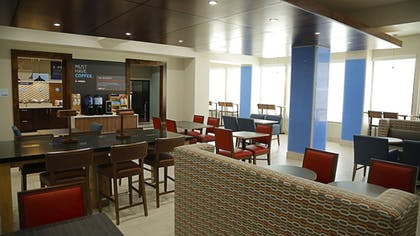 Restaurant | Holiday Inn Express Hotel & Suites Texas City