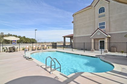 Pool | Best Western California City Inn & Suites