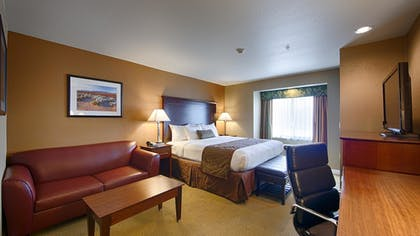 Guestroom | Best Western California City Inn & Suites