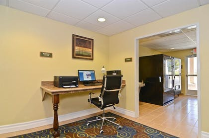 Business Center | Best Western California City Inn & Suites