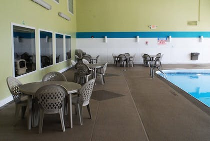 Pool | Northfield Inn, Suites & Conference Center