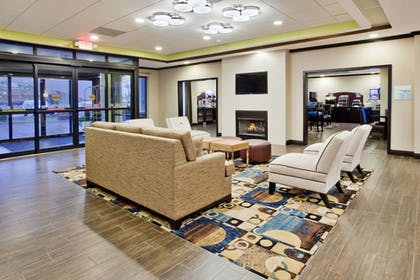 Lobby | Holiday Inn Express & Suites Buford NE - Lake Lanier Area