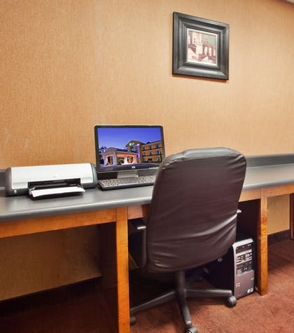 Meeting Facility | Holiday Inn Express Hotel & Suites Macon-West