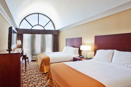 Guestroom | Holiday Inn Express Hotel & Suites Macon-West