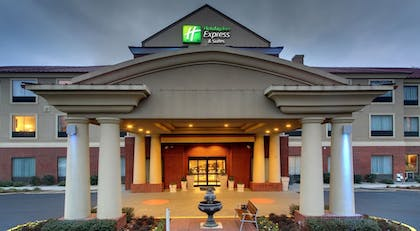 Featured Image | Holiday Inn Express Hotel & Suites Laurel