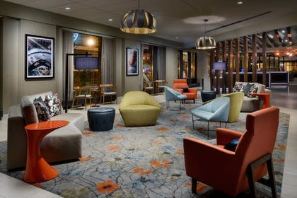 Hotel Bar | Springhill Suites by Marriott Chicago Downtown/ River North