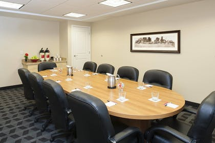 Meeting Facility | TownePlace Suites by Marriott - Des Moines Urbandale