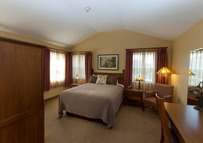 Guestroom   The Red Mill Inn