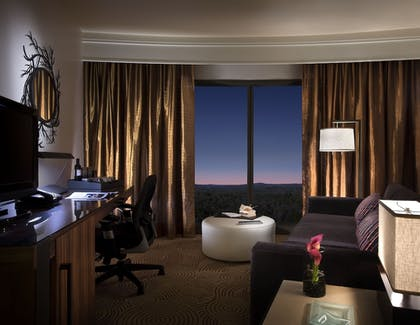 Living Area | The Fox Tower at Foxwoods