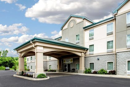 Featured Image | Quality Inn & Suites Fishkill South near I-84