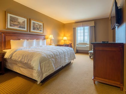 Guestroom | The Wildwood Hotel
