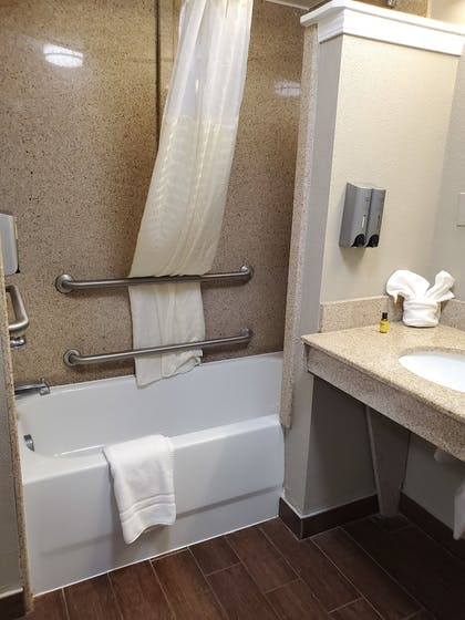   Suite, Multiple Beds, Accessible, Bathtub (with Sofabed)   Best Western Plus Airport Inn & Suites