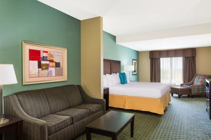 Guestroom | Holiday Inn Express Surprise