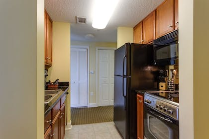 In-Room Kitchen | Anderson Ocean Club and Spa by Oceana Resorts