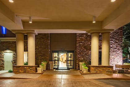 Exterior | Holiday Inn Express & Suites Phoenix - Glendale Sports Dist
