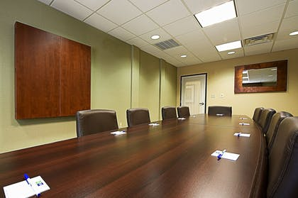 Meeting Facility | Holiday Inn Express & Suites Phoenix - Glendale Sports Dist