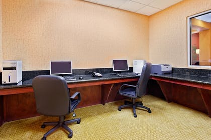 Business Center | Holiday Inn Express Hotel & Suites Malvern