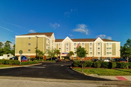 Hotel Front | Candlewood Suites Ft Myers I75