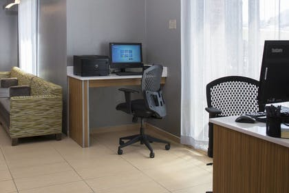 Business Center | SpringHill Suites by Marriott St. Louis Airport/Earth City