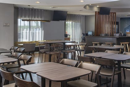 Restaurant | SpringHill Suites by Marriott St. Louis Airport/Earth City