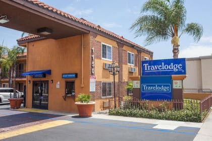 Exterior | Travelodge by Wyndham Ontario
