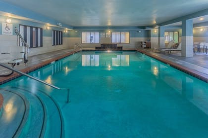 Pool | Holiday Inn Express Indianapolis - Southeast