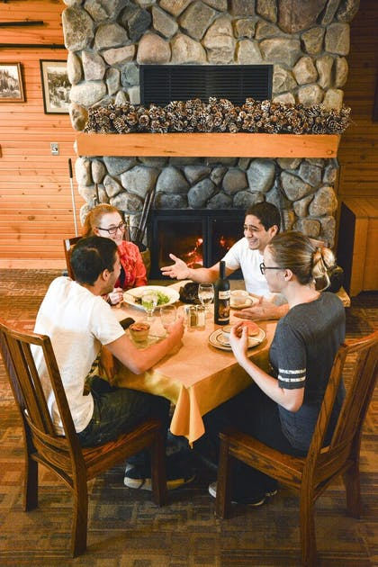 Dining   Spearfish Canyon Lodge