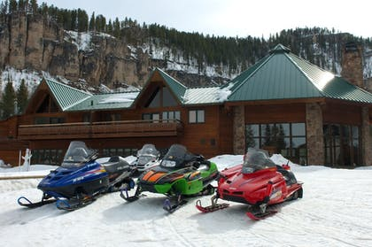 Snowmobiling   Spearfish Canyon Lodge