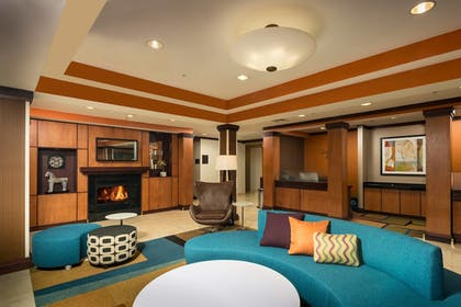 Hotel Bar | Fairfield Inn & Suites by Marriott Augusta