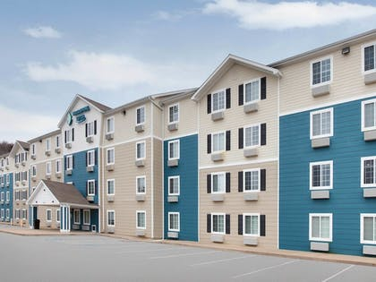 Exterior | WoodSpring Suites Fayetteville Univ. of Arkansas