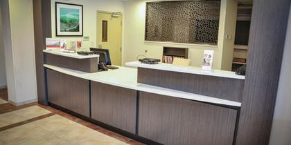Lobby | Candlewood Suites Pearl